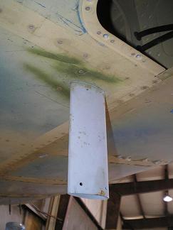 Pitot tube mast