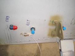 Right side fuel connections