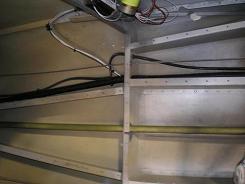 Aft cabin floor wires