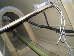 Aft fuselage wires